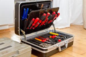Elektroinstallation, Werkzeugkoffer, Elektriker, Umbau, Renovierung, selber machen, Rohbau, Elektriker Werkzeug
